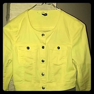Yellow cropped top jacket